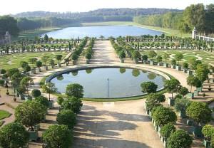 Ook het park dat bij Versailles hoort is enorm.