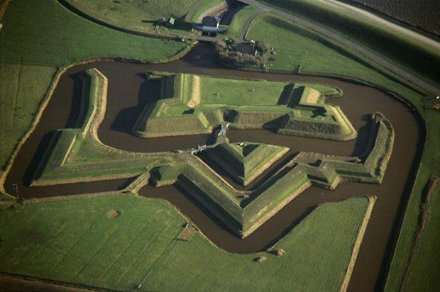 Fort de Schans van bovenaf gezien. Bron: Kaapskil,