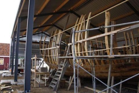 Nabouwen van het schip van Willem Barentsz