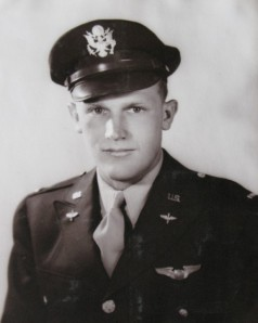 De 23-jarige W. Baldwin die 3 april 1945 om het leven kwam.